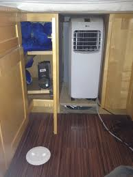 2013 carmate 100 solar heated and cooled over the top cargo