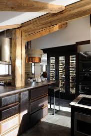 cuisine design de luxe cave à vin de luxe cuisine design chalet luxury kitchen wine