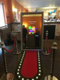 photo booths xclusivebooths2u photo booth hire liverpool