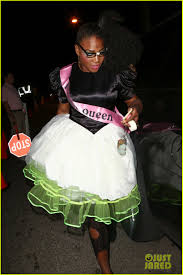 oj simpson halloween mask serena williams is an u002780 u0027s prom queen for halloween photo