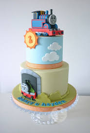 best 25 thomas the tank cake ideas on pinterest thomas train