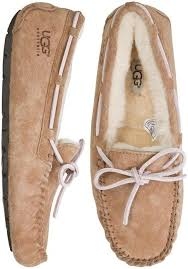 ugg slippers sale black friday ugg dakota slipper http swell com womens footwear