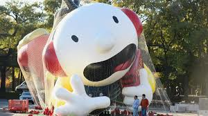 your guide to the macy s thanksgiving balloon up