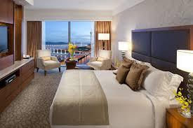 chambre d h es de luxe chambre deluxe avec vue sur le lac hôtel mandarin macao