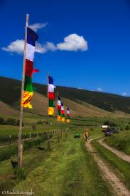 Flag Prayer Hanging Prayer Flags At The Garden Of 1000 Buddhas