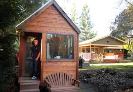 Tiny Home Design Tips plain tiny house austin joel weber tarzan home debtfree ut student