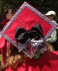 cap and gown decorations best 25 graduation cap and gown ideas on cap and gown