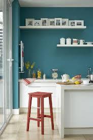 cuisine bleue et blanche peinture cuisine bleu et meubles blanc
