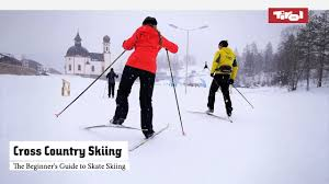 the beginner u0027s guide to skate skiing cross country skiing youtube