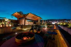 above the smog 17 best rooftop bars in los angeles