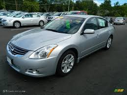 radiant silver 2010 nissan altima 3 5 sr exterior photo 68592791