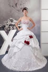 robe blanche mariage robe mariée et blanche idée mariage
