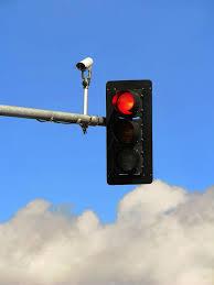 avoiding red light camera tickets motorist gets green light to sue red light camera company