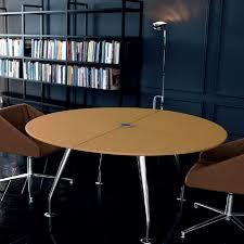 table ronde de bureau tables de réunion table ronde de réunion en cuir mobilier de