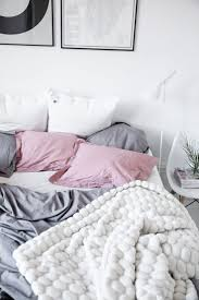 White Bedrooms Pinterest by Best 25 Pink And Grey Bedding Ideas On Pinterest Pink Bedroom
