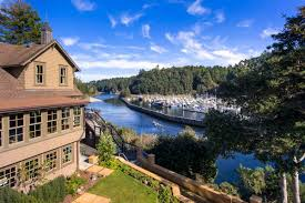 Hotels Near Six Flags Springfield Ma Travel Directory Noyo Harbor Inn U0026 Restaurant Weddings Fort Bragg