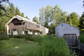 small lake house small houses modern home with lake views cool house design woody