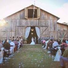 Wedding Venues In Memphis Barn Wedding In Memphis At Cedar Hall This Is Also Very