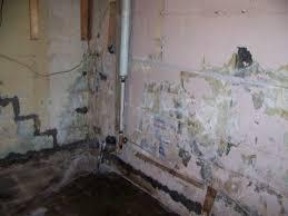 sealing basement wall floor joint water seeping through bat