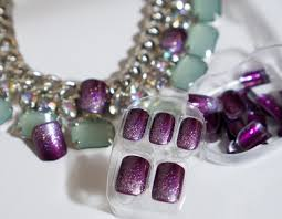 holiday ize your nails with impress press on manicure macarons