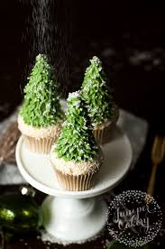 Tree Decorations For Cakes 10 Christmas Cake Designs You U0027ll Love