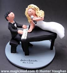 piano cake topper singing s wedding cake topper piano players wedding cake