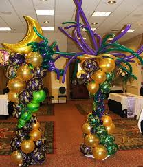 balloon columns will be made with black silver and purple balloons