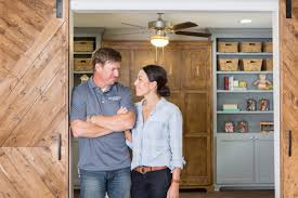 fixer upper season 5 joanna gaines teases fixer upper season 5 finale with behind the