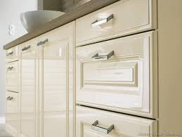 White Kitchen Cabinet Door by 23 White Thermofoil Cabinet Doors Auto Auctions Info