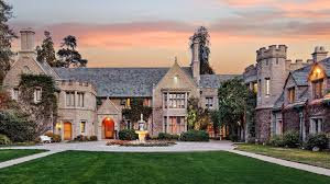 hugh hefner u0027s playboy mansion was hedonistic headquarters for his