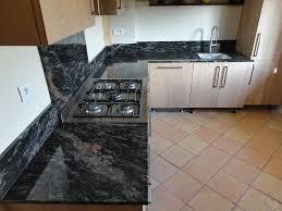 granite cuisine evier cuisine granit noir amazing evier cuisine bac noir