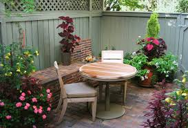 Townhouse Backyard Landscaping Ideas Eclectic Small Townhouse Courtyards