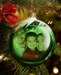 make a christmas bauble card with christmas bauble template