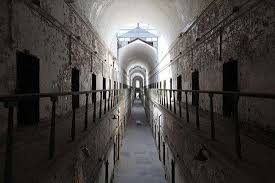 17 spooky photos of philadelphia u0027s eastern state penitentiary