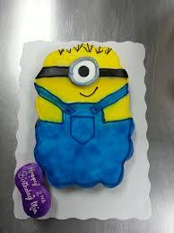 minion cupcake cake minion cupcake cake cupcakes cake pull apart cake