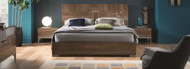 Modern Platform Bed Five Comfortable Benefits Of A Modern Platform Bed