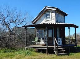 cottage airbnb this is the kidd tiny texas house it u0027s a 63 square feet organic