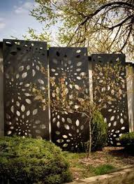 10 best outdoor privacy screen ideas for your backyard shade