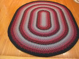 Red Oval Rug 7 U00272