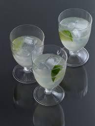 10 best low calorie cocktails glamour