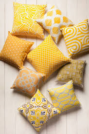 Cushion Covers For Sofa Pillows by Best 25 Yellow Cushion Covers Ideas On Pinterest Yellow Room