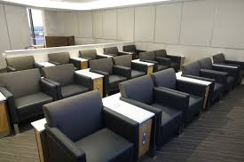 review american flagship lounge chicago o u0027hare airport one mile