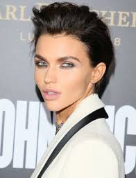how to get ruby rose haircut ruby rose hair ruby rose hair pinterest ruby rose hair rose
