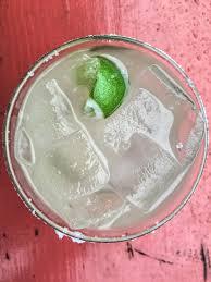 vesper martini racing atlanta bar scene drink like an oscar nominee with these 5 skinny