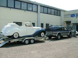 carrello porta auto trasporto autocars transport ncc noleggio auto con