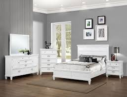 Small Queen Bedroom Furniture Sets Crown Mark B9100 Q Set Hannah 4 Pieces White Queen Bedroom Set