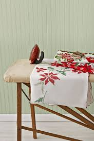 Where To Buy Table Linens - vintage christmas tablecloths and linens collecting vintage