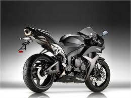 cbr bike price in india cbr600rr bike prices reviews photos mileage features