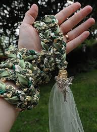 celtic handfasting cords best 25 handfasting ideas on wiccan wedding celtic