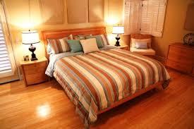 Neutral Bedroom Design - 15 amazing bedroom designs with wood flooring rilane